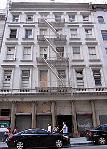 Edificio que van a derrumbar. | C. F.
