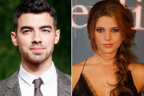Joe Jonas y Ashley Greene.