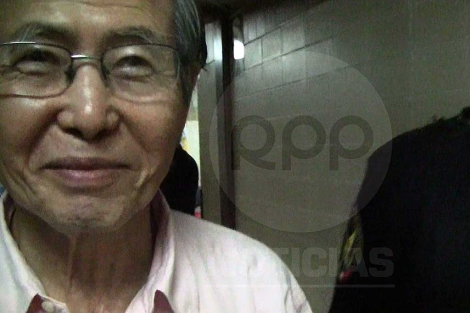 Imagen de Alberto Fujimori entrando al hospital. | Reuters