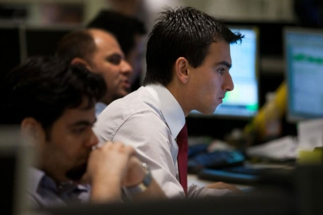 Operadores de la Bolsa de Valores de São Paulo. | AFP