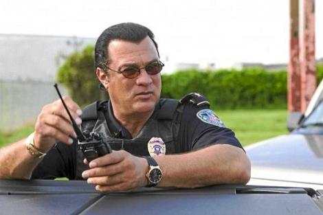 El actor en un fotograma del programa 'Steven Seagal: Lawman'.