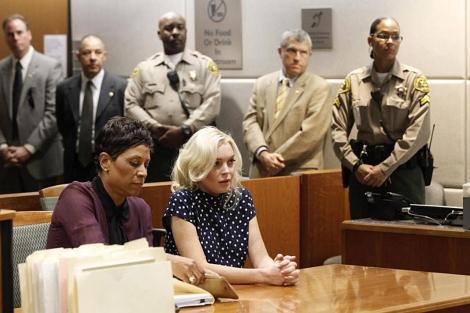 La actriz, sentada a la derecha, este miércoles en la corte. | Reuters