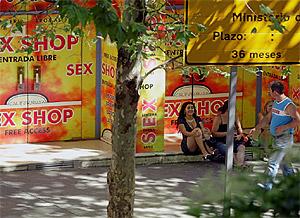 prostitutas en la calle montera prostitutas en villena