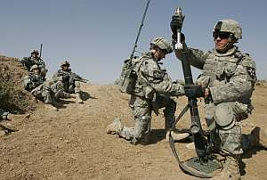 Soldados estadounidenses participan en una operación cerca de Bagdad. (Foto: AFP)