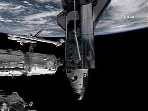 Momento del acople entre las dos naves. (Foto: EFE)