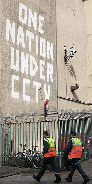 La pintada, supuestamente de Banksy, en Newman Street. (Foto: AFP)