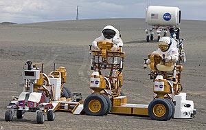 Expertos de la NASA prueban vehículos lunares en Lago Moses, Washington. (Foto: NASA)