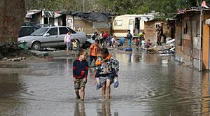 Inundaciones en el poblado. (Foto: Bernabé Cordón)