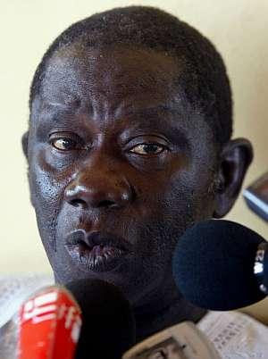 Lansana Conté, durante una rueda de prensa. (Foto: AFP)