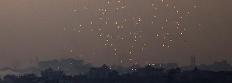 Imagen de uno de los bombardeos en Gaza. (Foto: AFP)