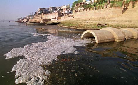 Contaminación en el río Ganges (Foto: AP)
