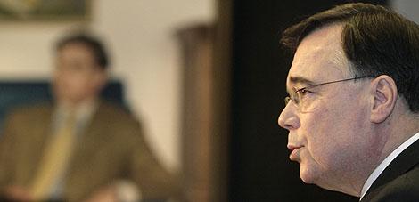 Haarde, durante su rueda de prensa. | Foto: Reuters