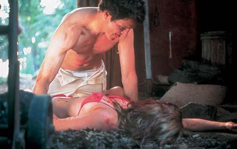 Fotograma del filme 'Ted Bundy', dirgido en 2002 por Matthew Bright.