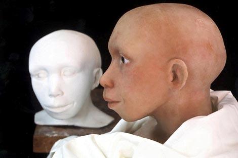 Reconstrucción de la cabeza de un niño neandertal. | AP
