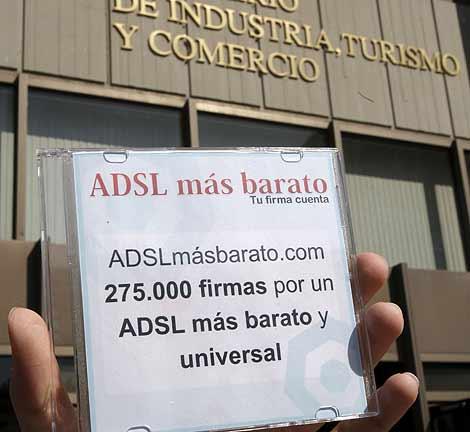 Reciente protesta por un ADSL más barato. | Efe