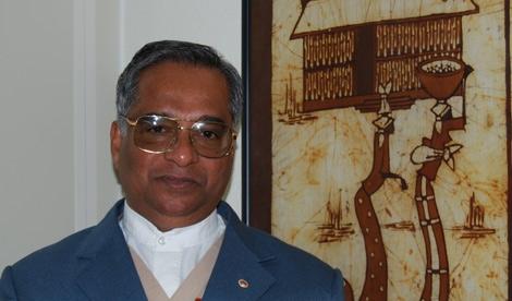 El padre George Mahadet vive desde hace dos años en Sudán. | M.N.F