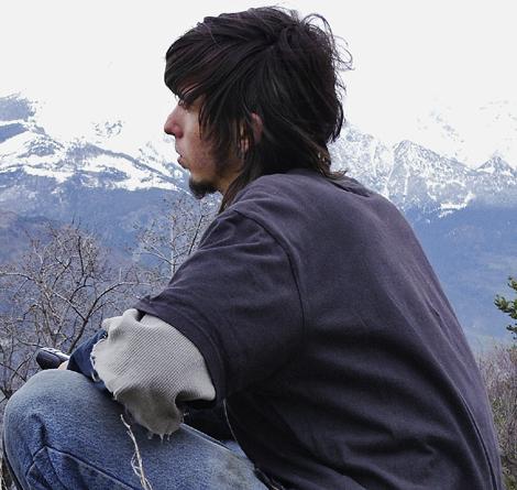 Osel, el 'niño' lama, con 24 años y una nueva vida.