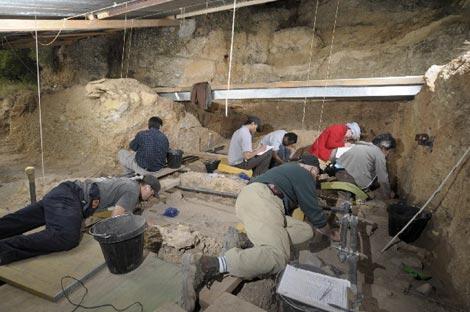 Excavaciones en el abrigo de Molí del Salt, durante la última campaña. /IPHES