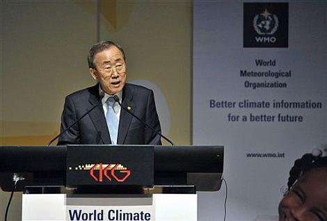 Ban Ki-moon en su discurso durante la cumbre celebrada en Ginebra. | AP Photo.