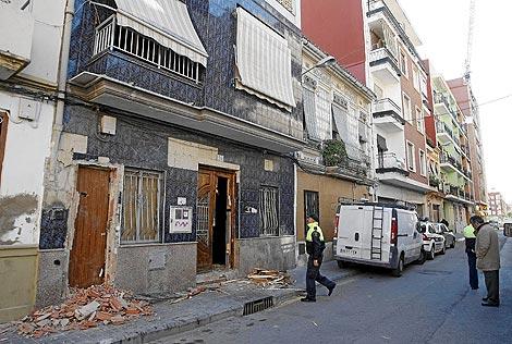 Comienzo de los derribos en el barrio de El Cabanyal | Benito Pajares.