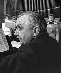 Georg Ratzinger, cuando dirigía el coro de Ratisbona. | Efe