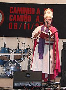 Dom Casto, desde el altar. | N. P.