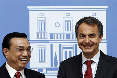 El viceprimer ministro chino y Zapatero. | Efe