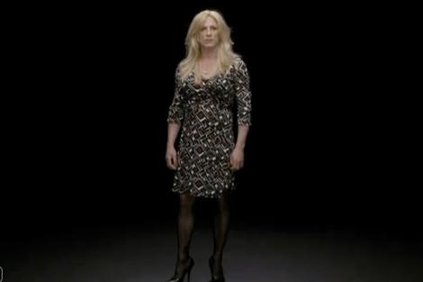 Fotograma del vídeo 'Equals', protagonizado Daniel Craig.