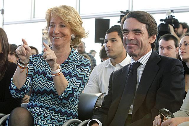 Esperanza Aguirre y José María Aznar, en el acto de Nuevas Generaciones. | Efe