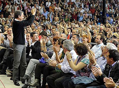 El Pabellón Príncipe Felipe de Murcia, completamente lleno. | Alfonso Durán