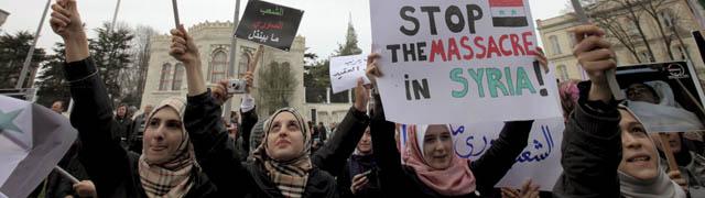 Un grupo se manifiesta en contra del nuevo Gobierno sirio en Estambul, | Efe