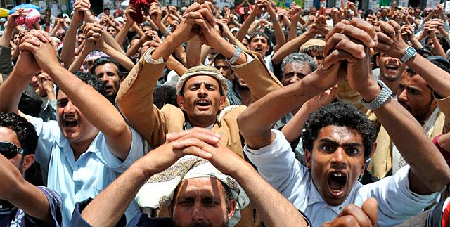 Opositores yemeníes se manifiestan contra el régimen del Saleh en Saná. | Efe
