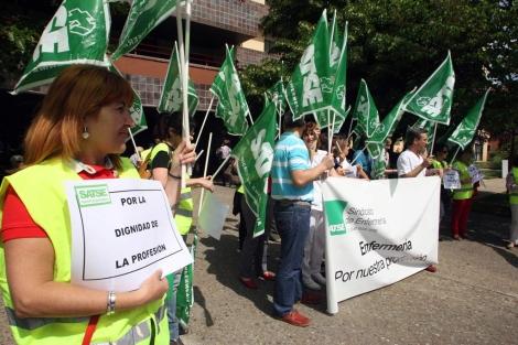 Concentración de los delegados de Satse en Valladolid. | Ical