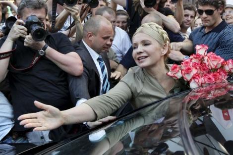 La ex primera ministra Tymoshenko a la salida de la Fiscalía. | Efe