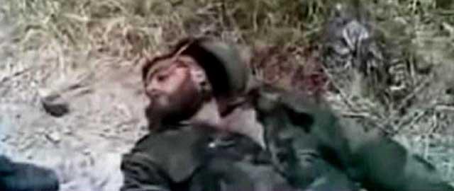 Uno de los soldados sirios que perdió ayer la vida en la localidad de Yisr al Shogur, cerca de Turquía. | Afp