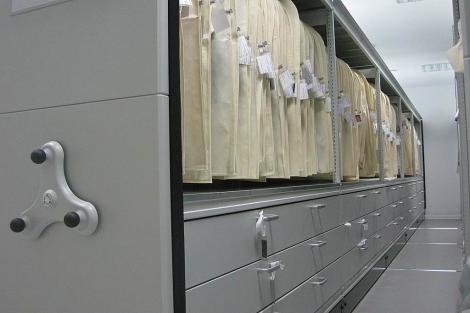Los módulos de alta densidad instalados en el Museo Balenciaga. | ELMUNDO.es