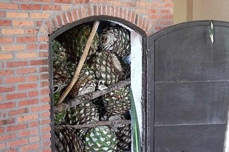 Horno de tequila en una hacienda de Jalisco, México. | S. Shebs