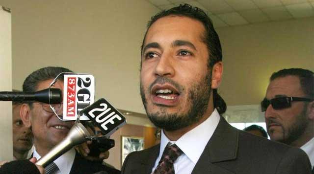 Saadi Gadafi atiende a los medios en una foto de archivo. | Ap