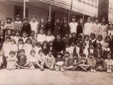 Niños de la escuela de Monelos. | Proyecto Nomes e Voces