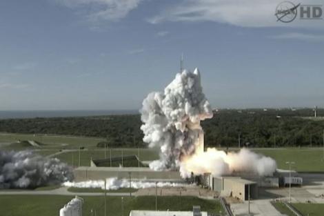 Instante del lanzamiento de la sonda GRAIL. | Ap