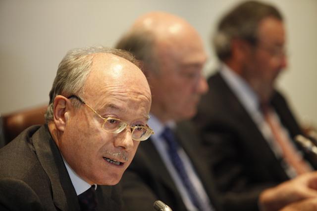José Luis Feito (izq.), junto a otros dirigentes de la CEOE. | Sergio Enriquez-Nistal