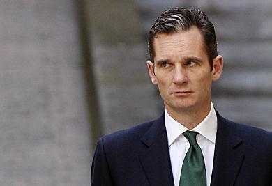 El duque de Palma sale de los juzgados en un receso. | Reuters