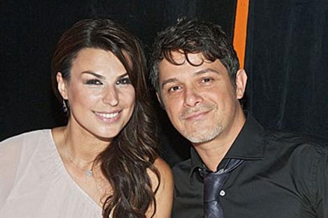 Alejandro Sanz y Raquel Perera se han casado 1338129475_1