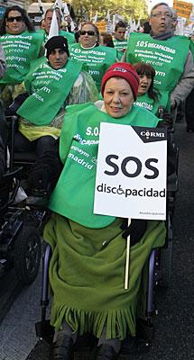 Manifestantes en silla de ruedas. | Efe