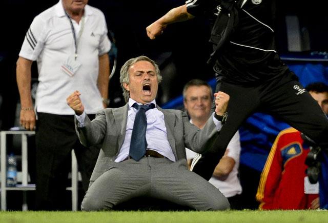 José Mourinho celebra un gol. | Gonzalo Arroyo