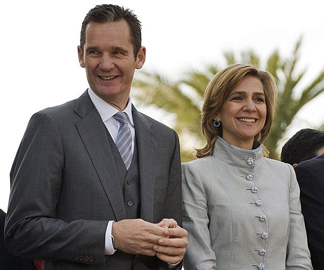 Iñaki Urdangarin y la Infanta Cristina, en una imagen de enero de 2011.   Steve Nesius / Reuters