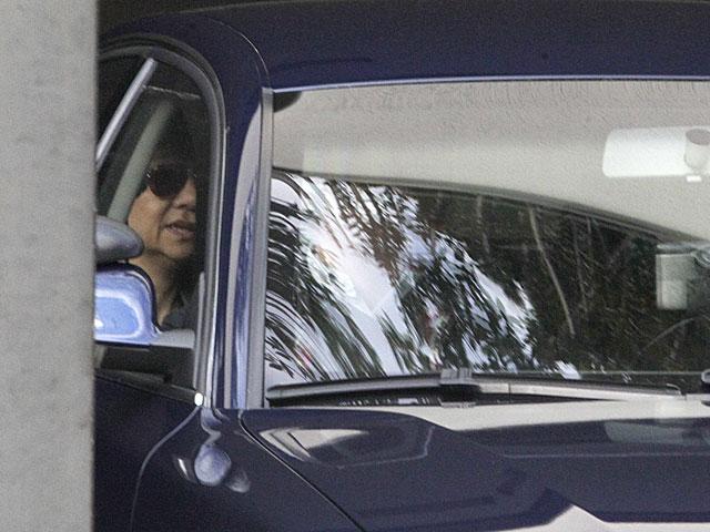 La Infanta Cristina, esta mañana, se dirige a su trabajo en La Caixa. | Antonio Moreno / Efe