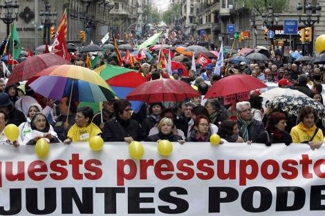 Imagen de la cabecera de la manifestación en Barcelona