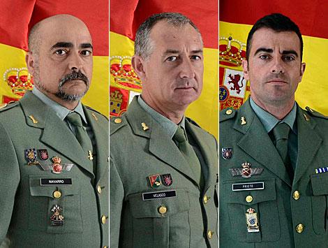 Los brigadas Navarro y Velasco y el sargento Prieto.