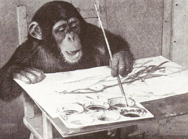 El chimpancé pintor abstracto 'Congo', con las manos en la masa.   E.M.